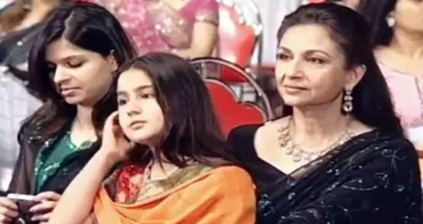 Star screen awards अटेंड करती नजर आईं सारा अली खान, फोटो  वायरल