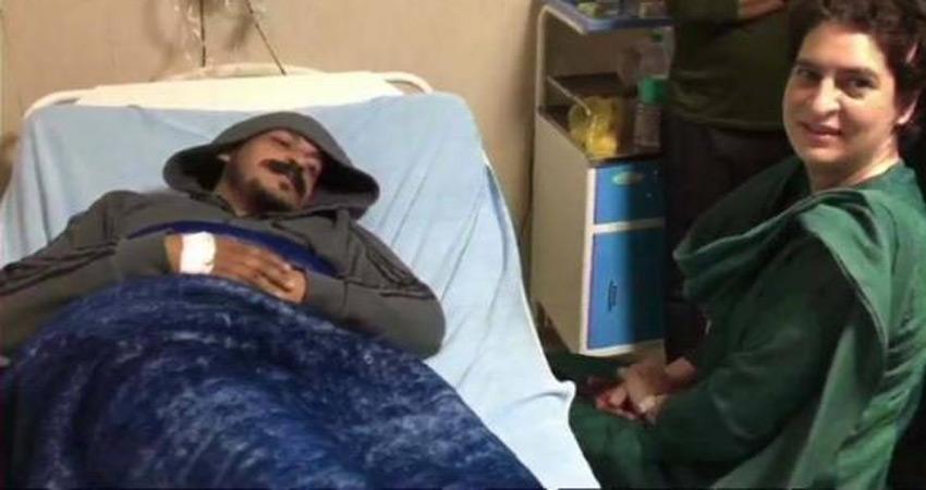 प्रियंका गांधी ने अस्पताल में भीम आर्मी प्रमुख चंद्रशेखर से की मुलाकात, सियासत गर्म