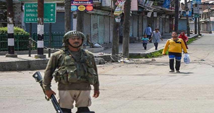 कश्मीर में स्थिति शांतिपूर्ण रही, लेकिन जनजीवन अब भी प्रभावित
