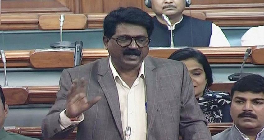 शिवसेना सांसद ने कांग्रेस को जम्मू कश्मीर में झंडा फहराने की दी सलाह