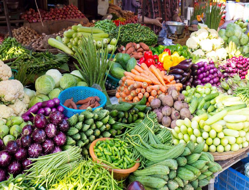 बारिश ने बढाए खुदरा सब्जियों के दाम