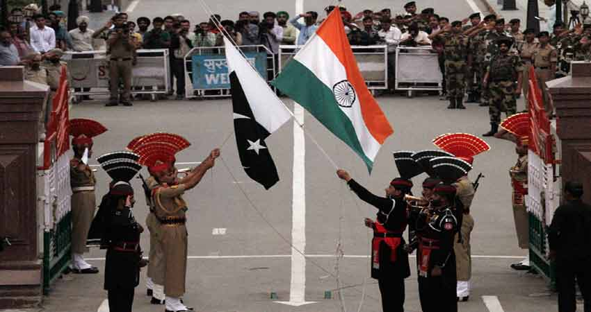 सीमा पर पाक संग बैठक में बोला भारत- गोली चलाई तो बर्दाश्त नहीं करेंगे