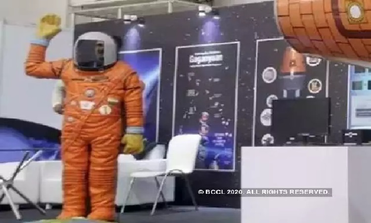 सिर्फ देश ही नहीं स्पेस पर भी पड़ा लॉकडाऊन का असर, रुकी गगनयान की ट्रेनिंग