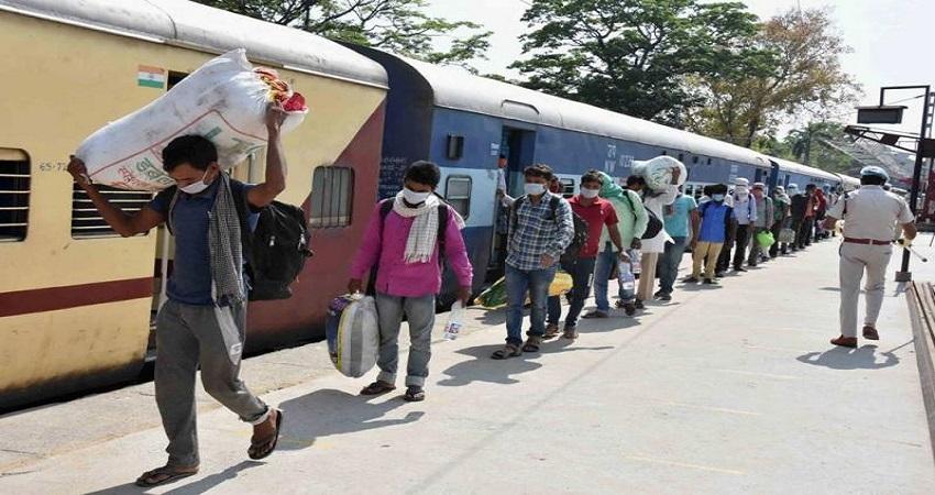 बिहार के प्रवासी मजदूरों का रेल खर्च उठाएगी दिल्ली सरकार, प्रदेश सरकार से नहीं मिला था जवाब