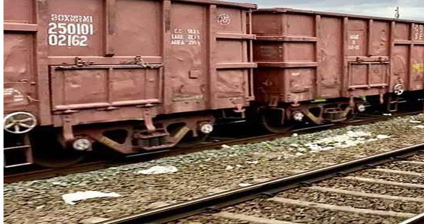 उत्तराखंडः महिला ने ट्रेन के आगे कूदकर दी जान
