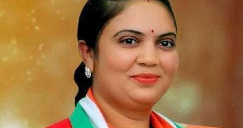 मध्यप्रदेश में कांग्रेस को फिर झटका, MLA सुमित्रा देवी BJP में शामिल