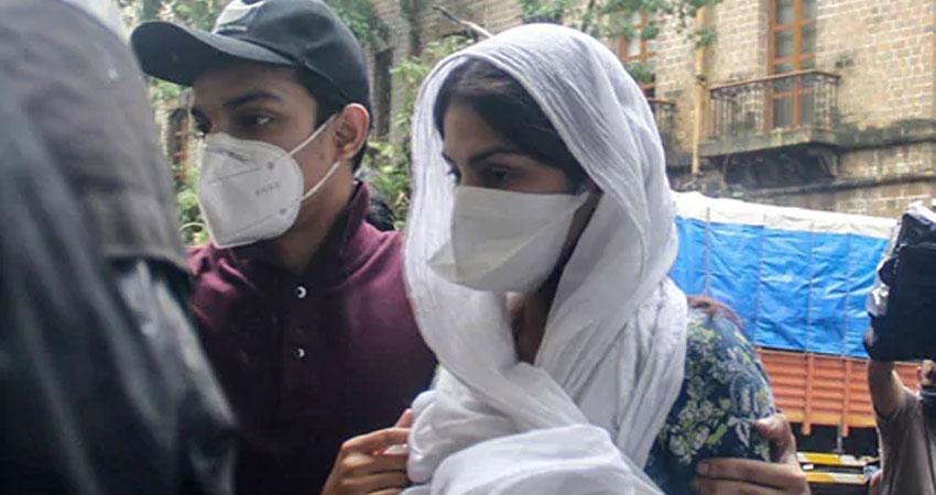 सुशांत मामला: रिया से CBI की मैराथन पूछताछ, पूछे कड़े सवाल