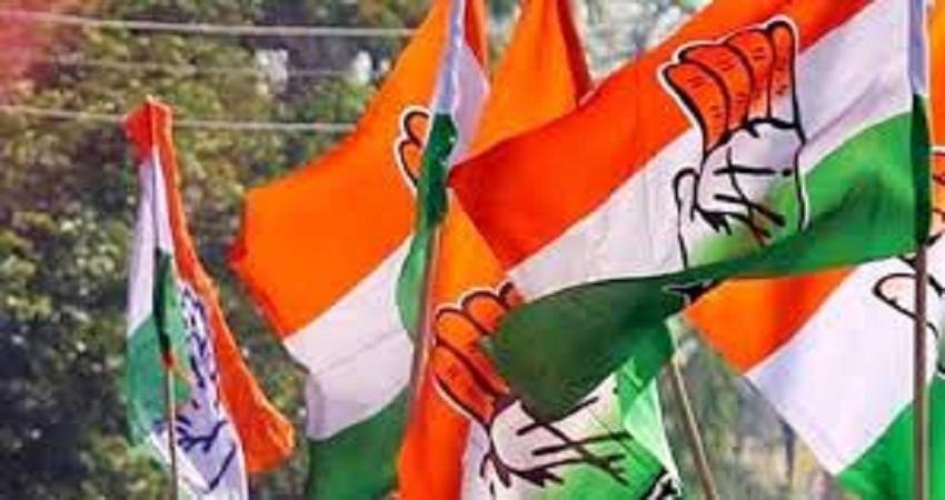 गुजरात में कांग्रेस को झटके पे झटका, एक और विधायक ने दिया इस्तीफा