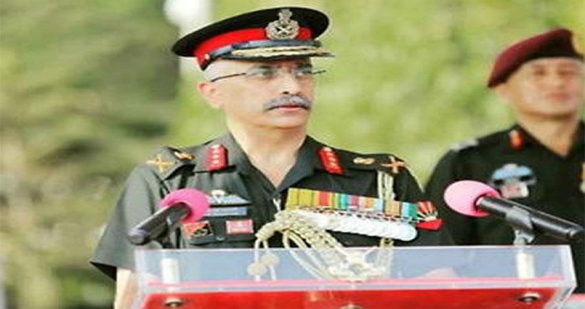 सेना प्रमुख ने नियंत्रण रेखा पर सैनिकों से मुलाकात की, स्थिति की समीक्षा की