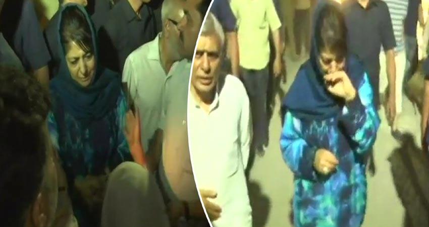 #ShujaatBukhari: एडिटर की मौत के बाद राहुल व महबूबा समेत बड़े नेताओं ने जताया शोक