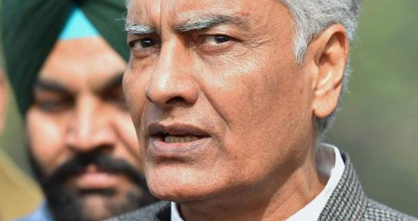 पंजाब : बाजवा, दुलो के खिलाफ कार्रवाई के लिए सोनिया गांधी को खत लिखेंगे सुनील जाखड़