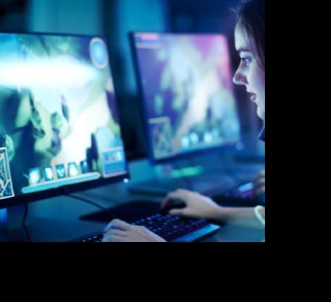 देश में बढ़ा इंटरनेट का क्रेज,2025 तक 90 करोड़ लोगों तक...