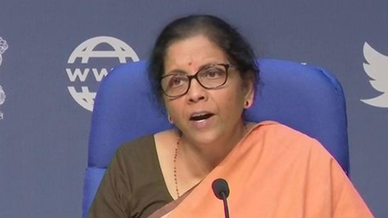 पीएम मोदी के आर्थिक पैकेज ऐलान के बाद विपक्ष की निगाहें होंगी निर्मला सीतारमण पर