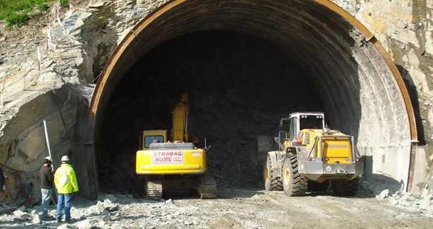 श्रीनगर-लेह-लद्दाख को जोड़ने वाली एशिया की सबसे लंबी सुरंग का निर्माण कार्य शुरू