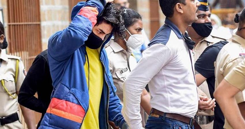 आर्यन खान को ड्रग्स मामले में कोर्ट से नहीं मिली राहत, NCB की हिरासत में भेजा