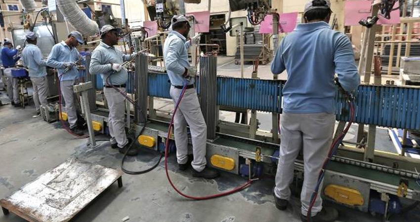 औद्योगिक उत्पादन का 7 साल का सबसे खराब प्रदर्शन, दिखी मंदी की झलक