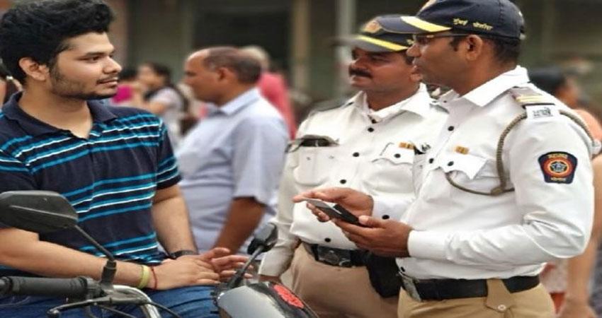 मुंबई पुलिस का सेफ्टी मैसेज सोशल मीडिया पर वायरल, लोगों ने ली चुटकी