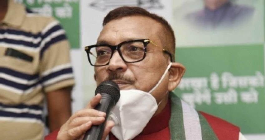 बिहार विधानसभा चुनाव : JDU उम्मीदवारों में गुप्तेश्वर पांडे गायब, पेंच फंसा