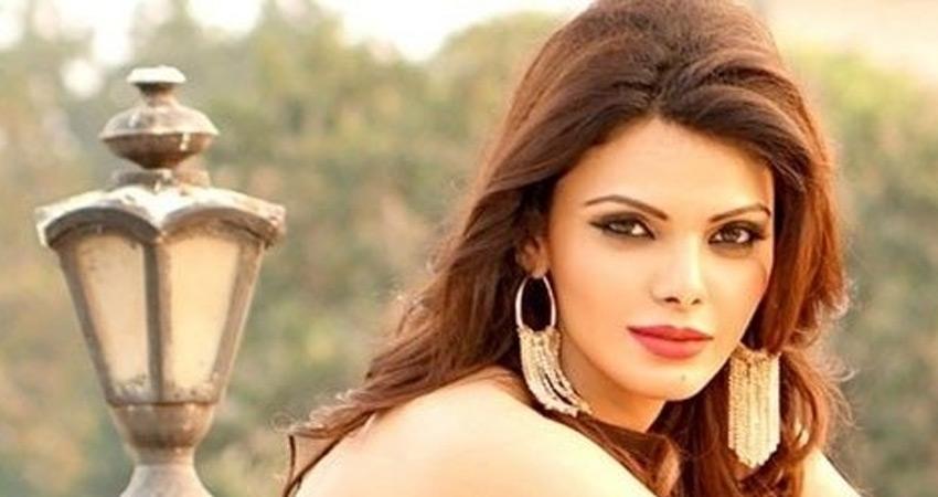 पोर्न फिल्म प्रकरण: अभिनेत्री शर्लिन चोपड़ा को कोर्ट से लगा झटका