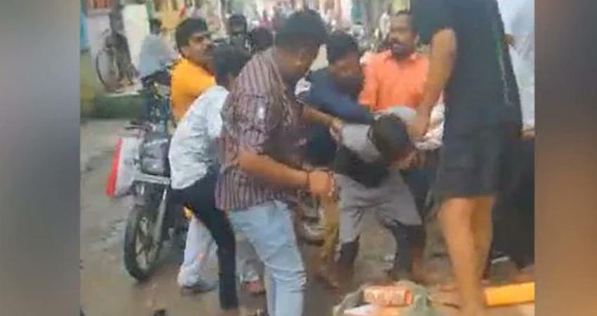 चूड़ी विक्रेता की पिटाई मामले में अल्पसंख्यक आयोग ने इंदौर प्रशासन से रिपोर्ट तलब की