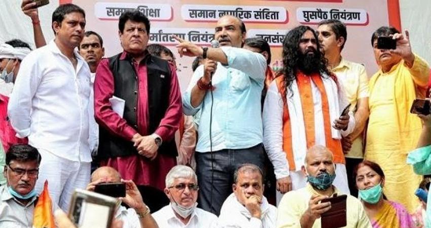 सांप्रदायिक नारेबाजी : दिल्ली पुलिस का दावा- एक आरोपी से थे अश्विनी उपाध्याय के संबंध