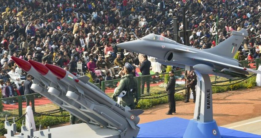 राजपथ पर राष्ट्र की सैन्य शक्ति,ट्रैक्टर परेड में किसान दिखाएंगे दमखम