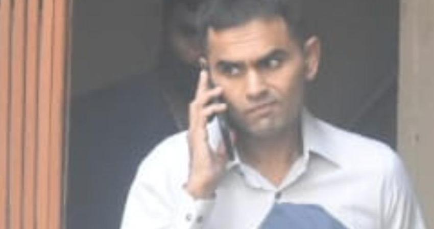 विवादों में फंसे NCB अधिकारी समीर वानखेड़े दिल्ली में, महाराष्ट्र की सियासत गरमाई