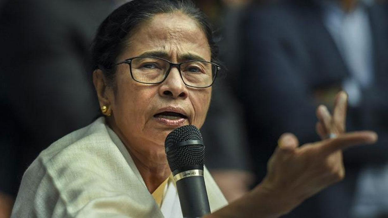 पश्चिम बंगाल चुनाव 2021 : भाजपा में रार पर ममता ने ली चुटकी