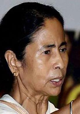 TMC पार्टी के LOGO से कांग्रेस का नाम हटाने  पर ममता बनर्जी ने दिया ये बड़ा बयान, कहा...