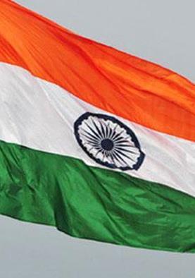 अपने देश को शक्तिशाली व समृद्ध चाहते हैं भारतीय