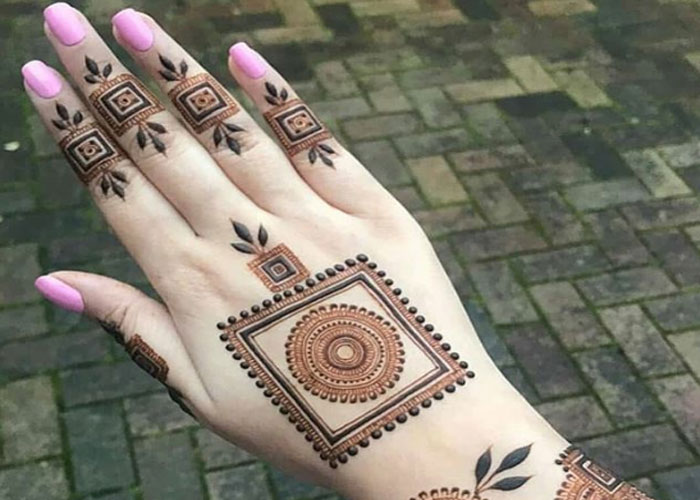 simple mehndi design navodaya times