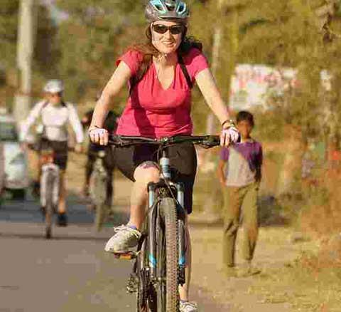 साइकिल चलाने से बेहतर नहीं है कोई कसरत, कैंसर के खतरे को...