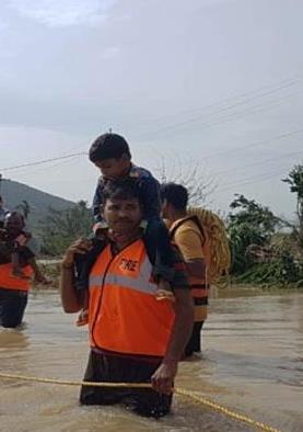 आंध्र प्रदेश के तटीय इलाकों में चक्रवाती तूफान का खतरा बढ़ा, अलर्ट जारी