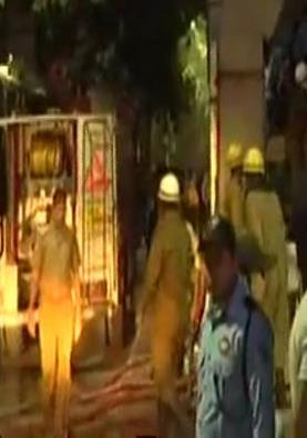 दिल्ली: AIIMS के ट्रामा सेंटर में लगी आग, मरीजों को किया जा रहा शिफ्ट