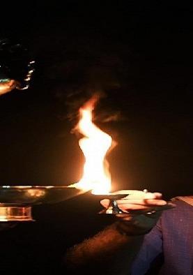 पीएम के अपील पर लोगों ने 'आओ मिलकर दिया जलाएं देश से Corona भगाएं' का दिया संदेश