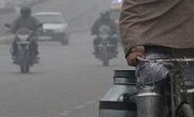 पंजाब-हरियाणा में मौसम सर्द, बारिश बढ़ाई लोगों की परेशानी